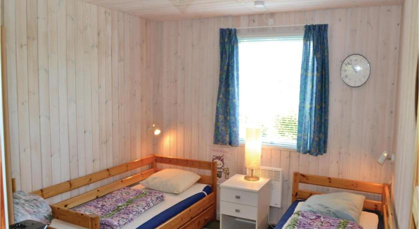 Three-Bedroom Holiday Home - Guestroom Holiday home Ebeltoft 59 Denmark