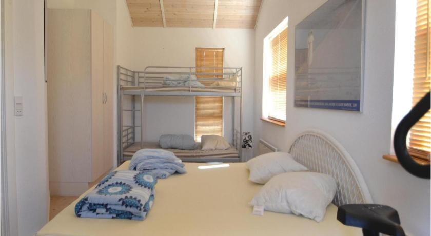 Holiday Home Two-Bedroom Holiday Home in Grenaa