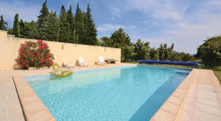 Piscina Holiday home Quartier Les Plans