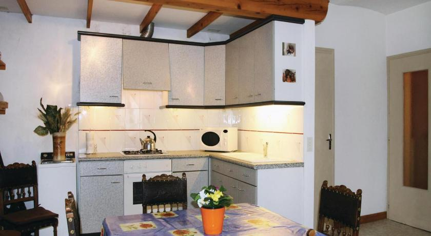 Holiday home Quartier Le Collet L-837