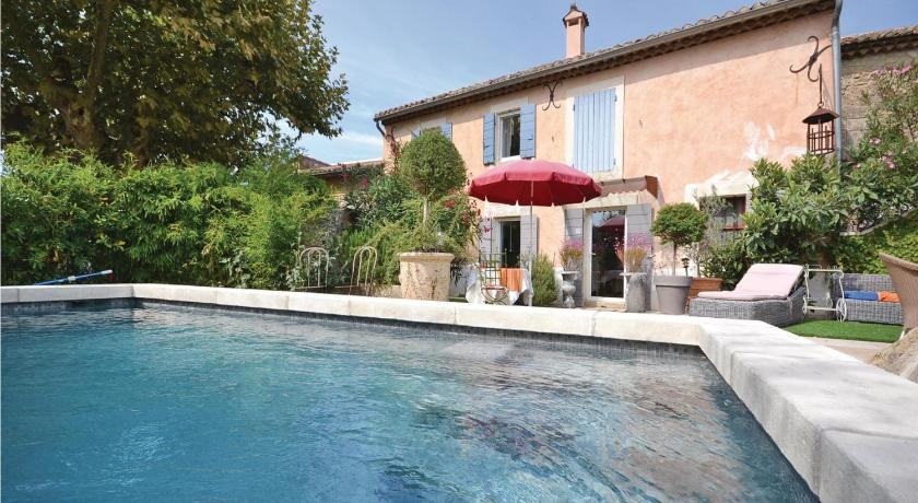 Holiday Home Cheval Blanc Chemin Du Milieu