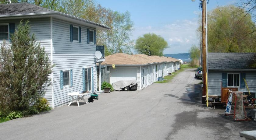Bewdley Cottage Resort. Ontario Province Province Hotels   Best rates for Hotels in