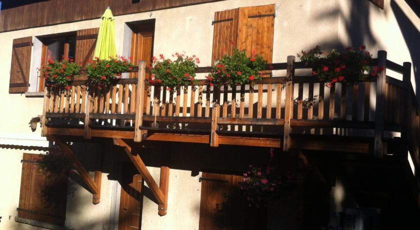 More about Chalet Vautisse