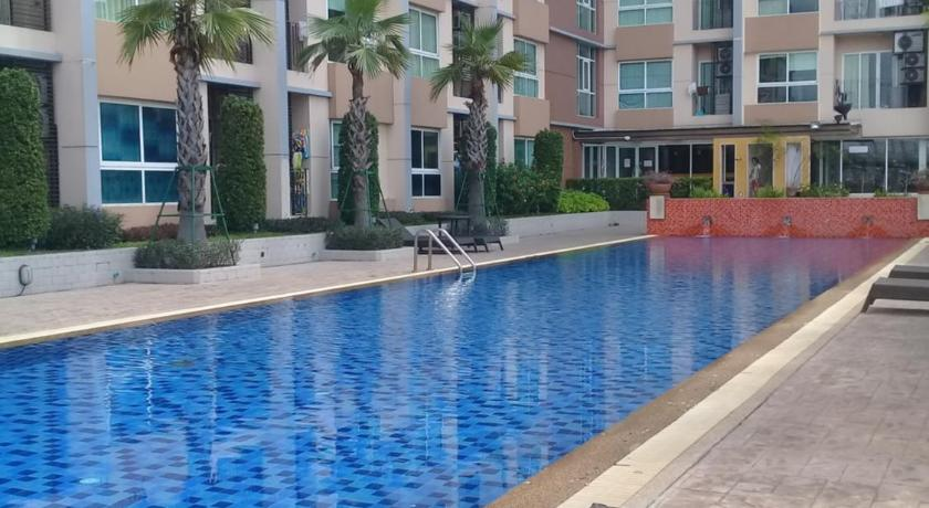 Swimming pool Diamond Sukhumvit