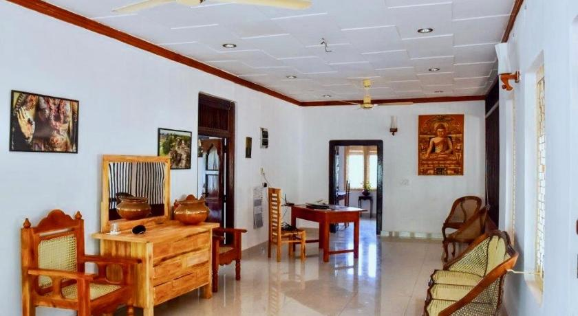 Lobby Allens Guest house