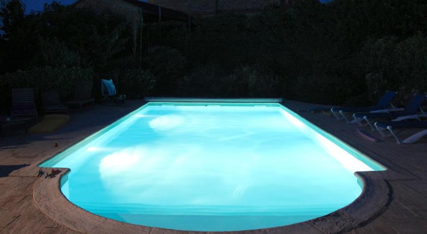 Swimming pool Courriole