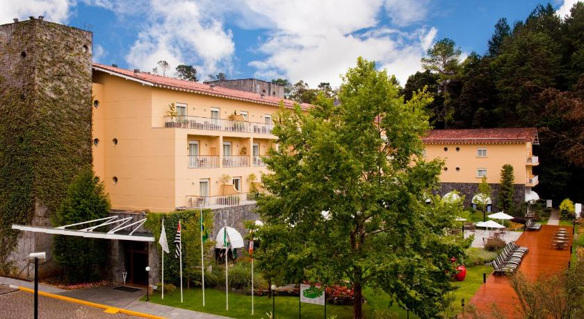 Image result for Campos do Jordão: o 'Grande Hotel'