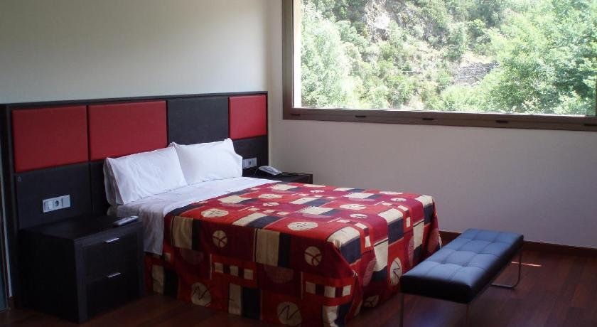 boutique hotels in maçanet de cabrenys  23