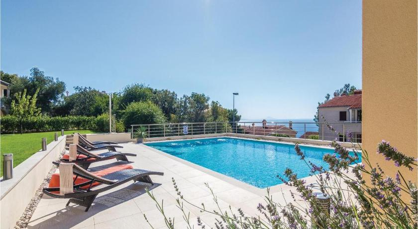 プール Apartment Rabac with Sea View I
