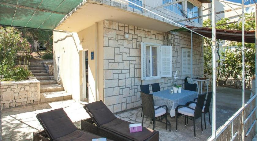 Holiday home Vela Luka Triporte