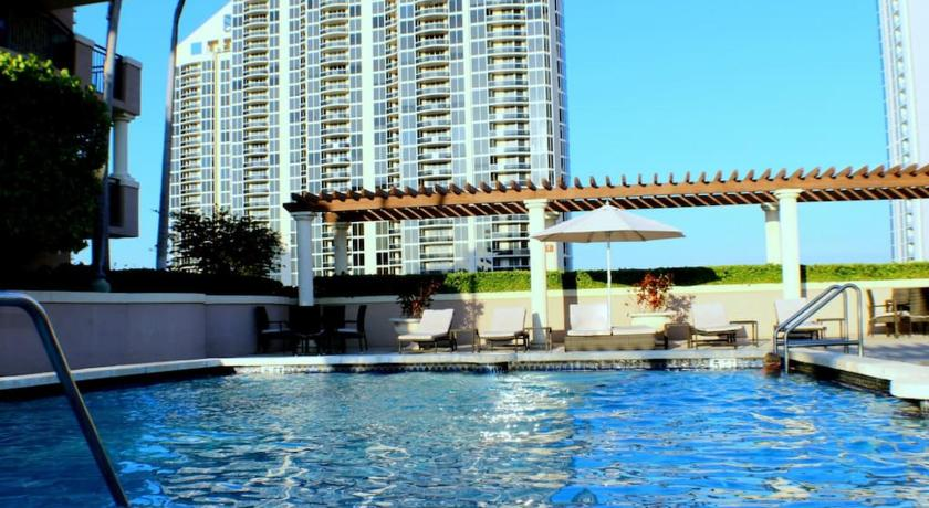 Piscina Apartment By Great Sunny Isles Lodging