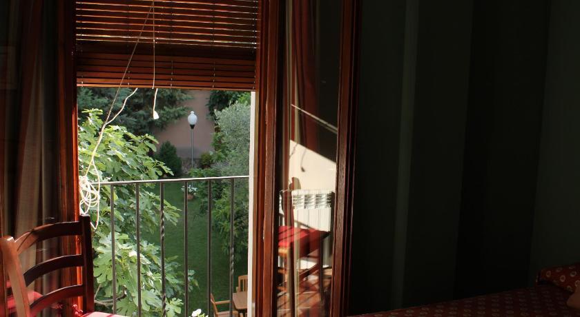 hoteles con encanto en ráfales  8