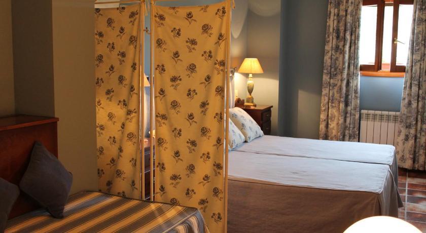 hoteles con encanto en ráfales  9