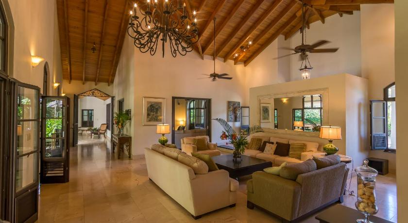 Luxury Villas at Sea Horse Ranch