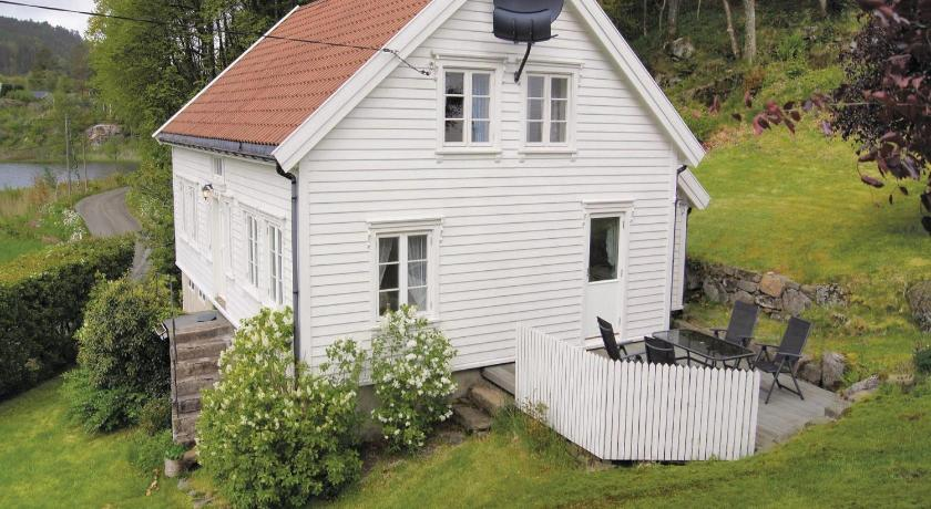 Holiday home Farsund Farbrot