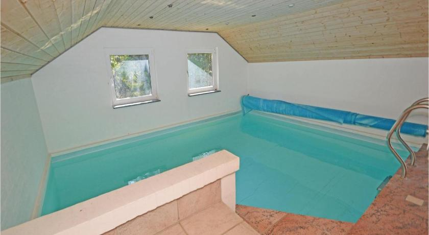 Piscina Holiday home Blavand with Sauna 300