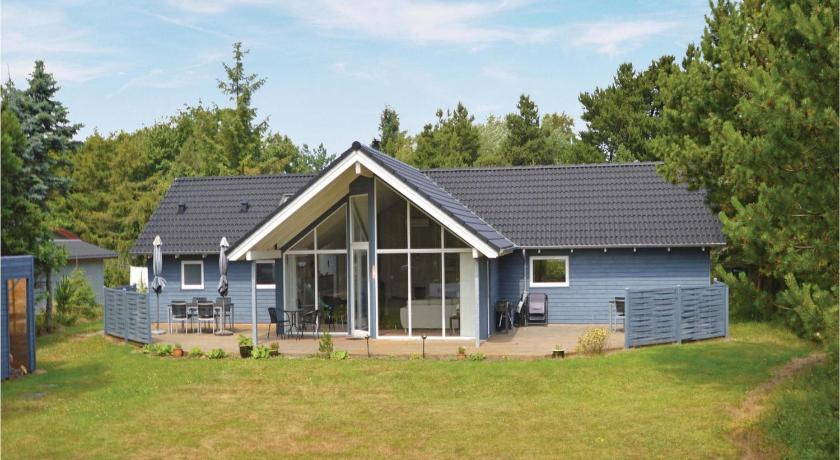 Four-Bedroom House Holiday home Port Arthursvej Blåvand II
