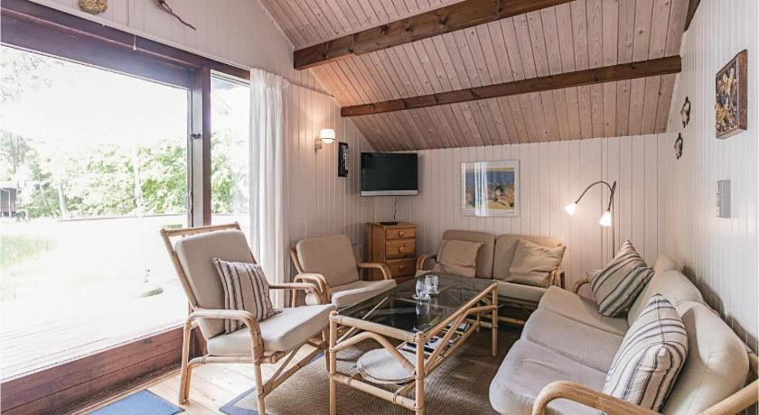 Two-Bedroom House Holiday home Boderne Aakirkeby