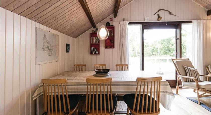 Holiday home Boderne Aakirkeby