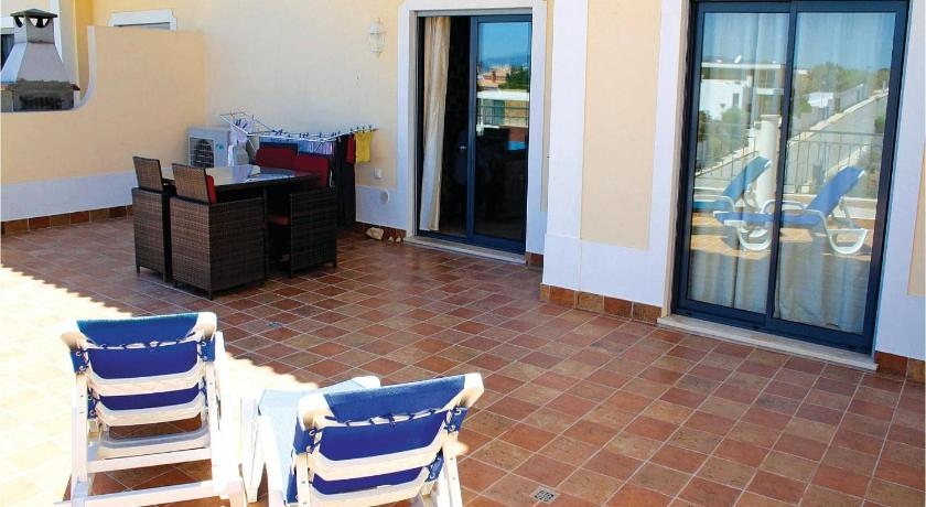 See all 24 photos Apartment Porto do Mos, Lago 29 with Outdoor Swimmingpool