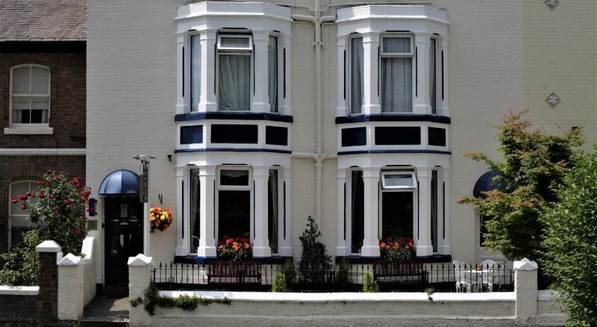 Hamilton Court Guest House - Chester | Bedandbreakfast eu