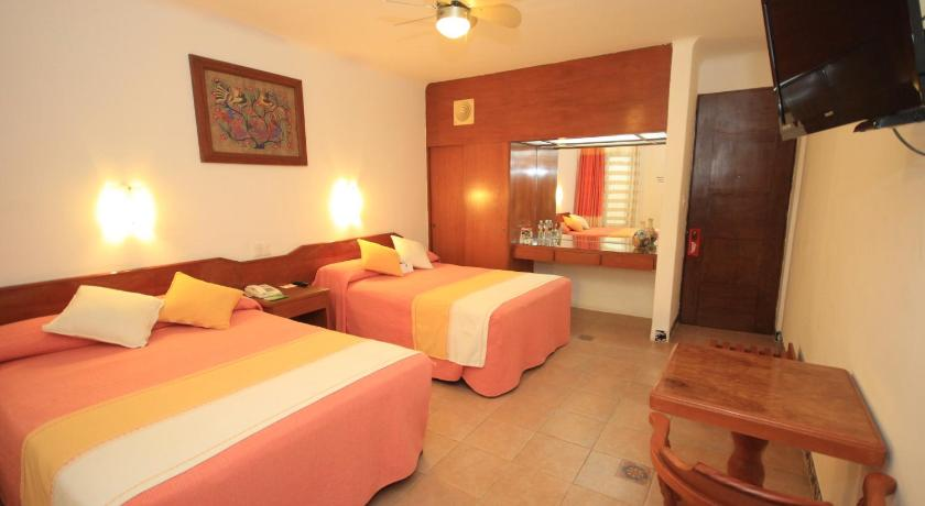 Double Room with Two Double Beds - Guestroom Oaxaca Real