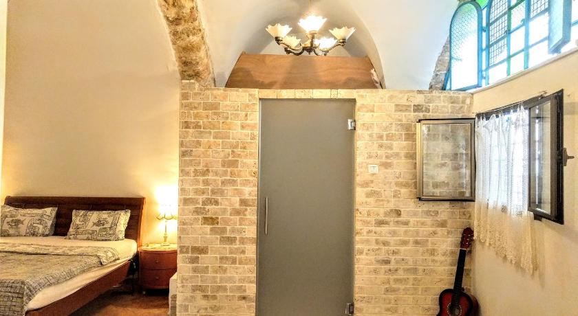 Prime Location in Jaffa Hatsorfim St