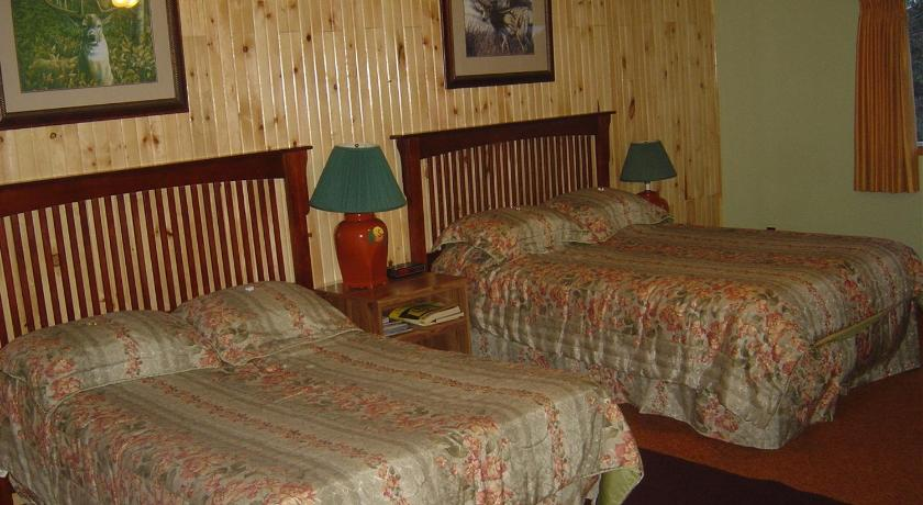 Deluxe South Wind Motel & Campground