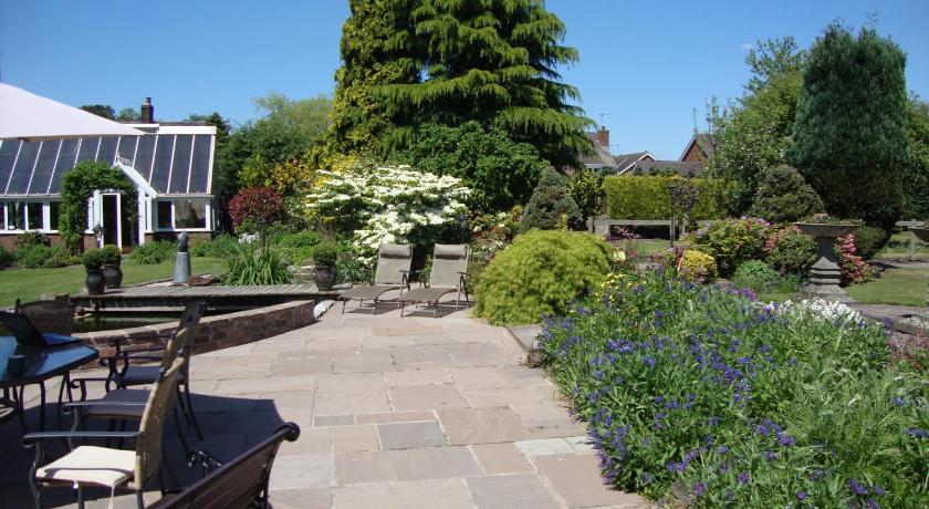 The Old Hall Country House Poolside Crewe