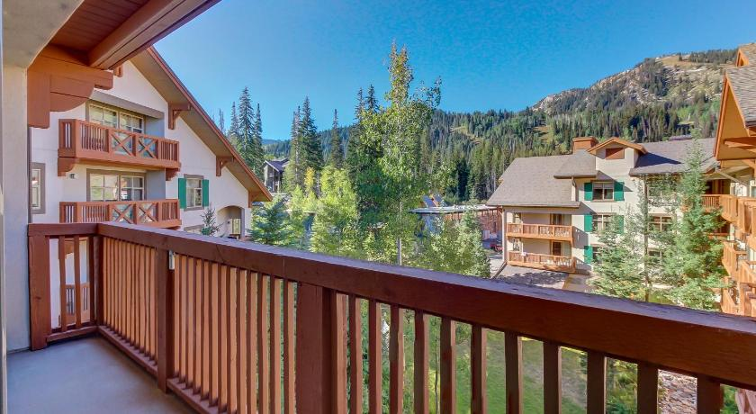 See all 38 photos Powderhorn Lodge 408: Rustic Mountain Suite