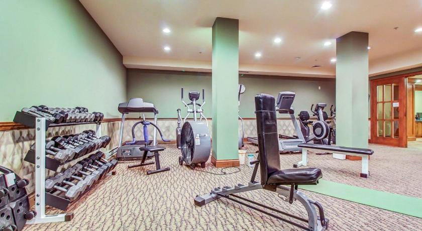 Fitness center Powderhorn Lodge 408: Rustic Mountain Suite