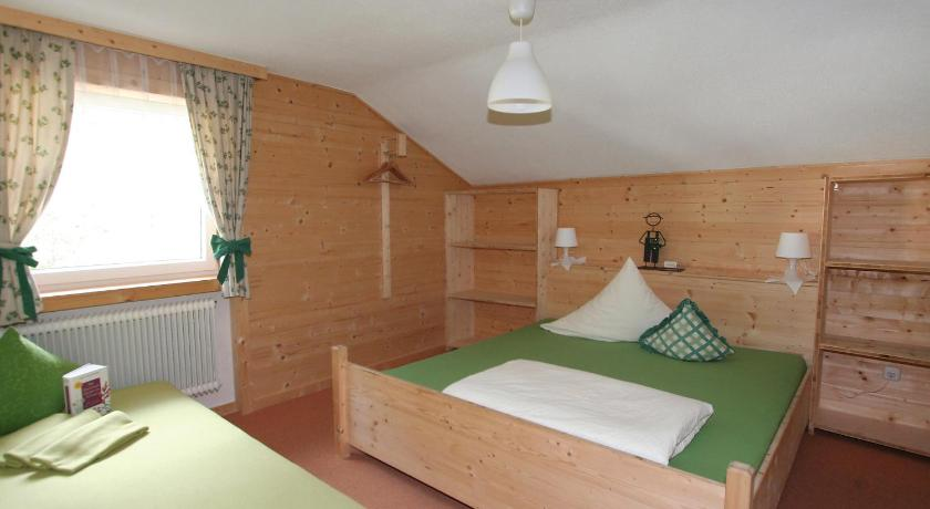 Four-Bedroom Holiday Home Holiday Home Ötztal