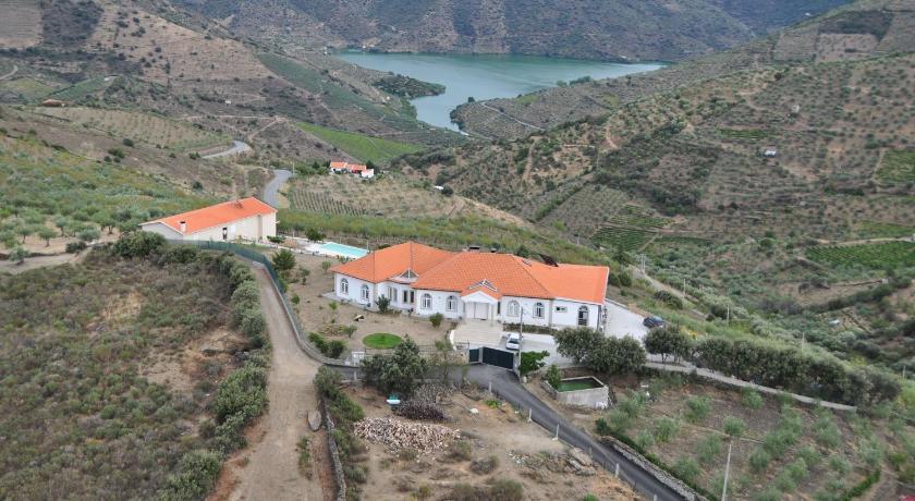 Casa de Alpajares - Casa de Campo, Enoteca & Spa Lugar do Cabeço da Forca s/n Freixo de Espada à Cinta Municipality