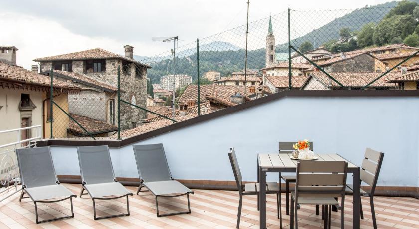 Feel At Home - La Terrazza Sul Borgo | Book online | Bed & Breakfast ...
