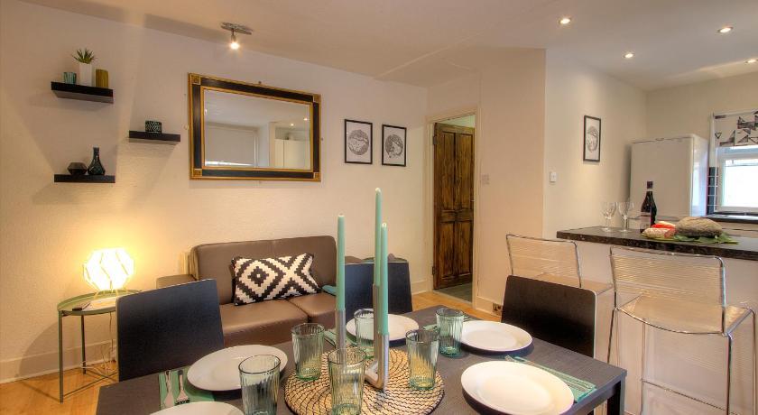 queens park private 2 bedroom apartment london bedandbreakfast eu
