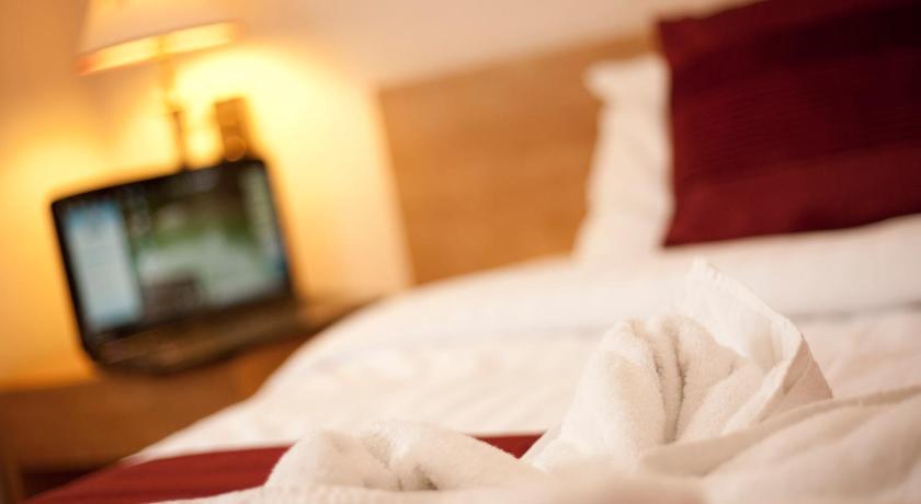 Denewood Hotel 40 Sea Road, Boscombe Bornemouth