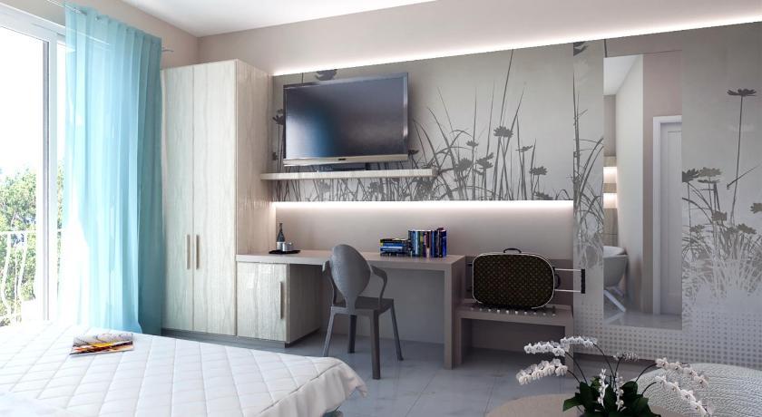 La Terrazza Sul Mare in Otranto - Room Deals, Photos & Reviews