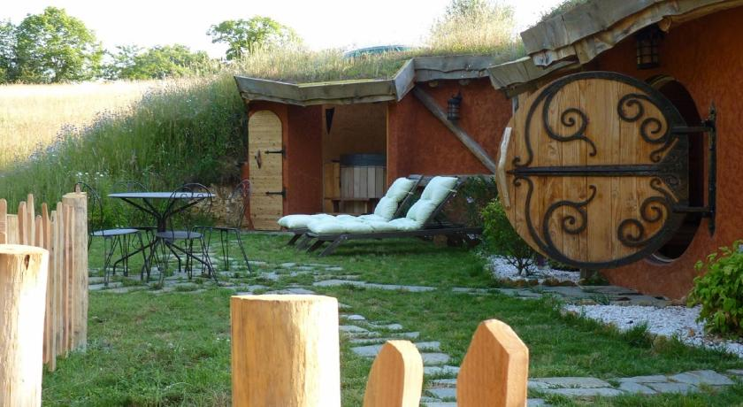 Cabane Hobbit cabane-hobbit de samsaget - eyvigues-et-eybènes | bedandbreakfast.eu