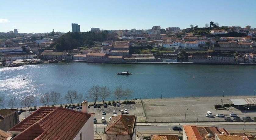 Mere om Apartments Oporto Palace
