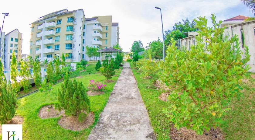 Airport Avenue Serviced Apartments - Miri | Bedandbreakfast.eu