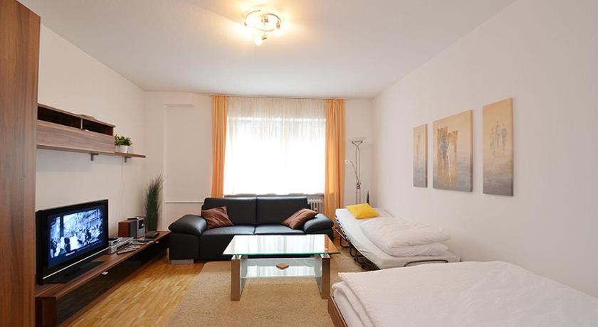 Apartment Nanuk Hiltenspergerstr. 27 Munich