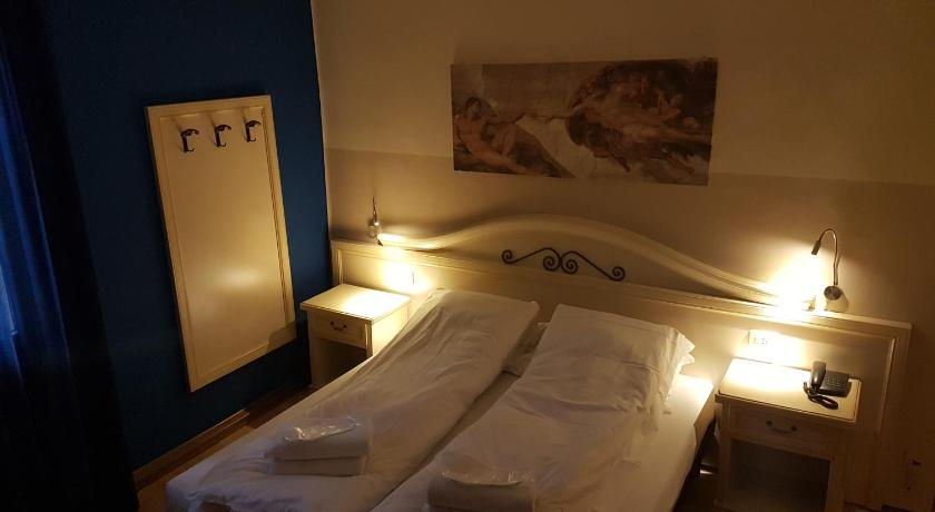 Hotel La Terrazza in Vicenza - Room Deals, Photos & Reviews