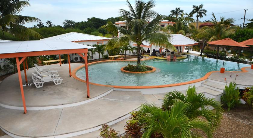 Swimmingpool SailFish Resort