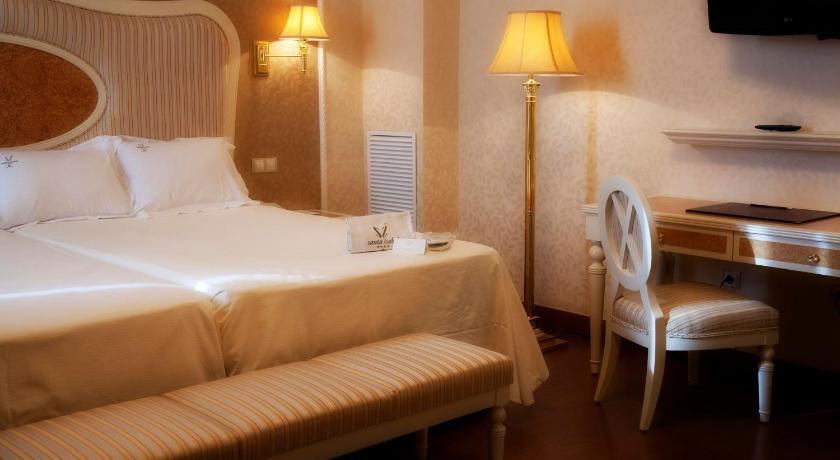 hoteles con encanto en albacete  51