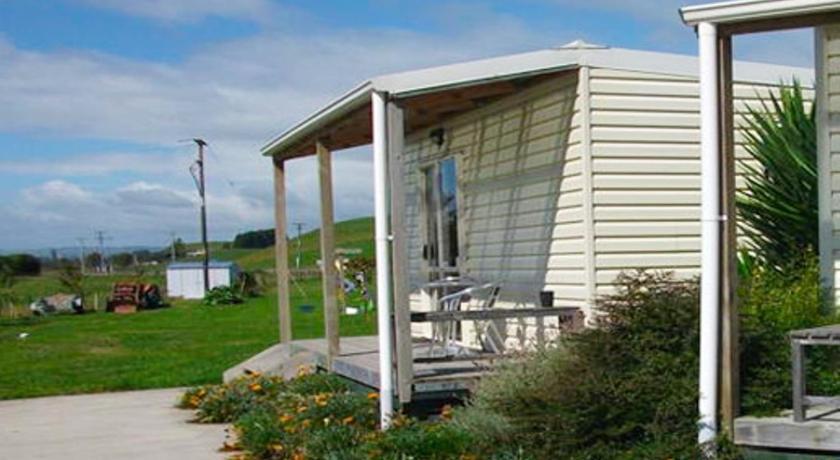 Otorohanga Country Lodge   New Zealand Hotels Deals