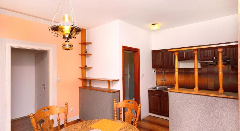 Apartment Pirovac 6280a