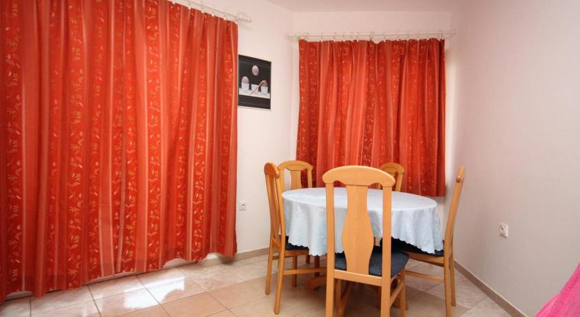 Apartment Jezera 5121a