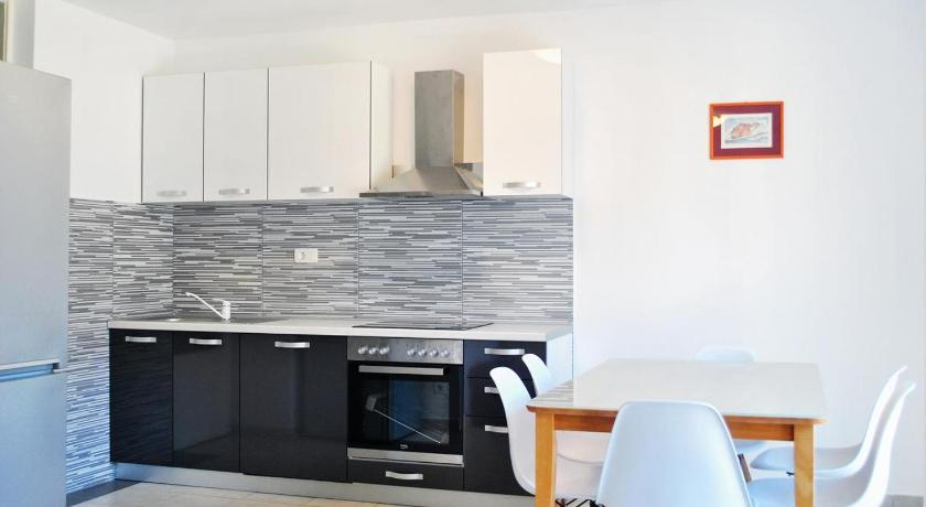 Apartment Omis 2822a
