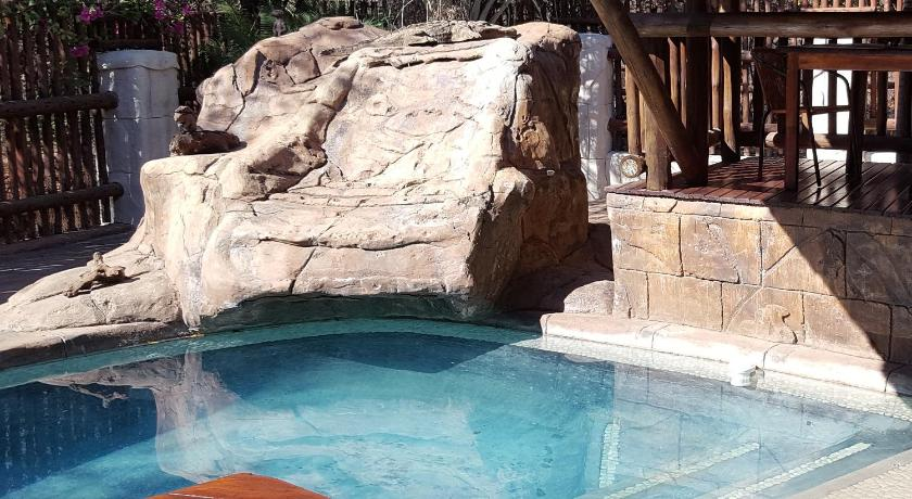 Swimmingpool Beyond the Boma Boutique Guesthouse