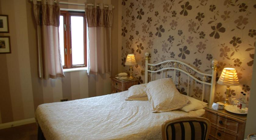 Business Double Room Albright Hussey Manor Hotel